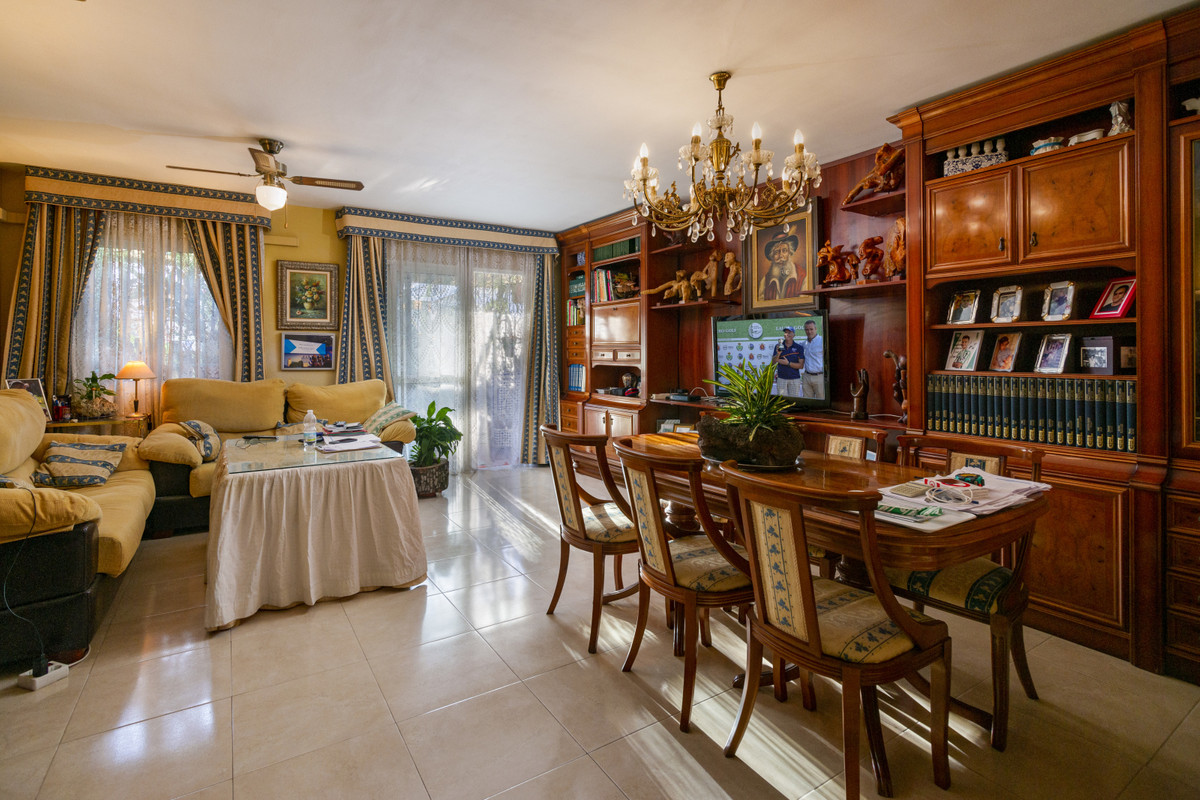 Rijhuis te koop in Benalmadena Costa R3551506