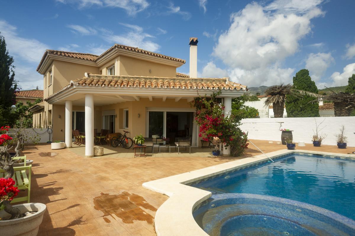 Villa  Individuelle en vente   à El Pinillo
