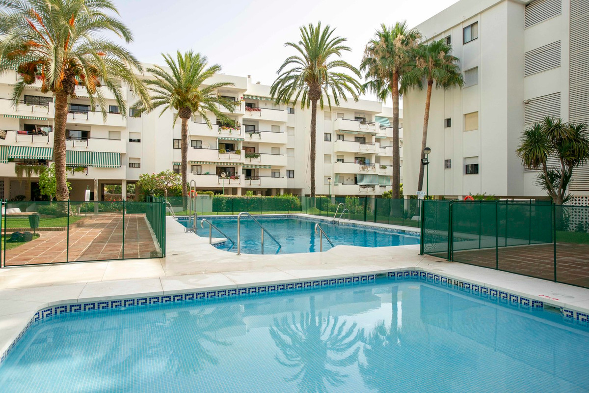 Middle Floor Apartment in Torremolinos