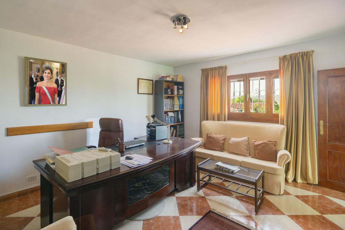 House in Alhaurín de la Torre R3398956 14