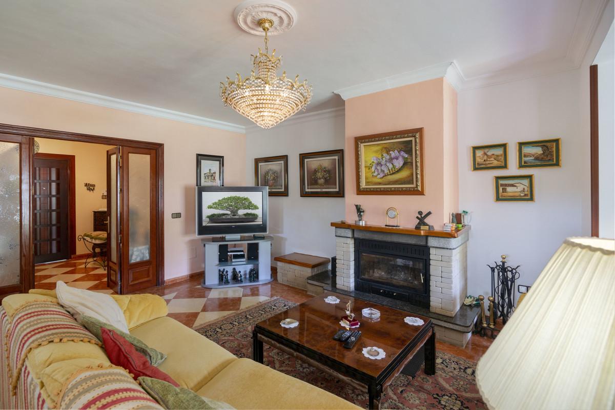 House in Alhaurín de la Torre R3398956 3