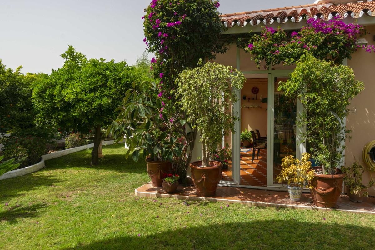 House in Alhaurín de la Torre R3398956 41