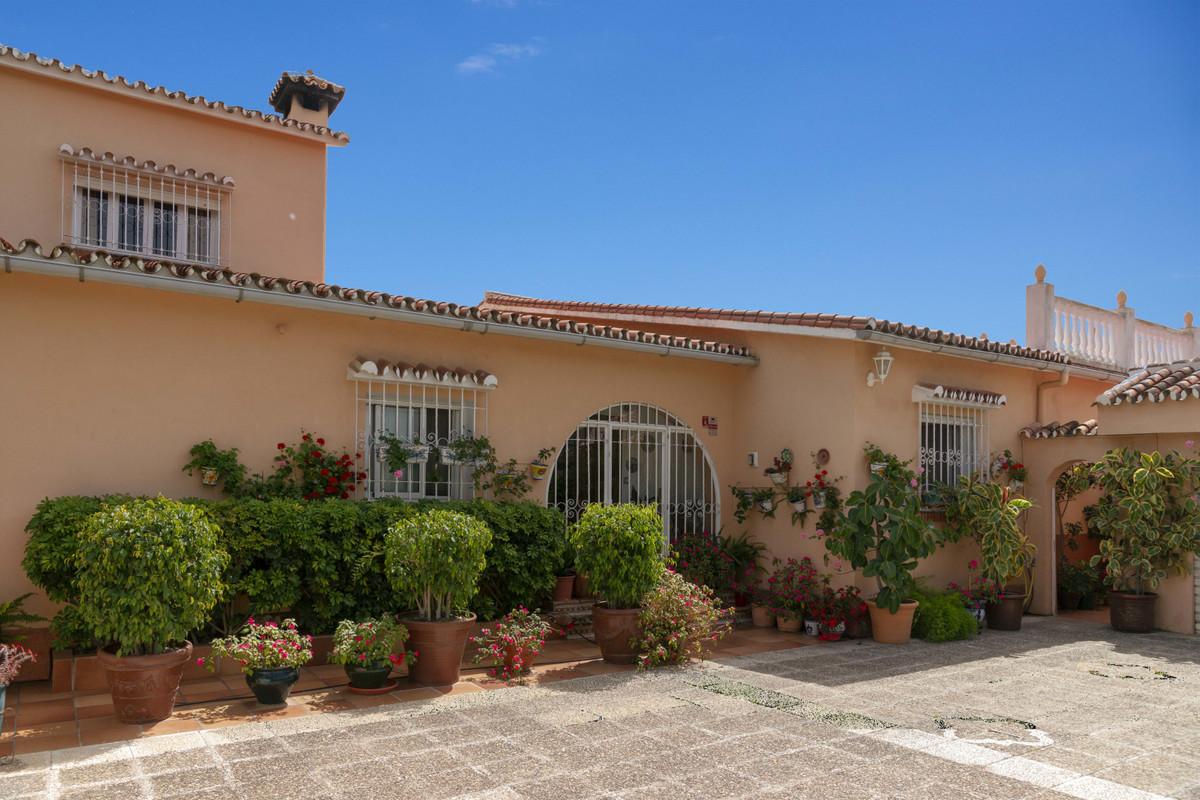 House in Alhaurín de la Torre R3398956 44