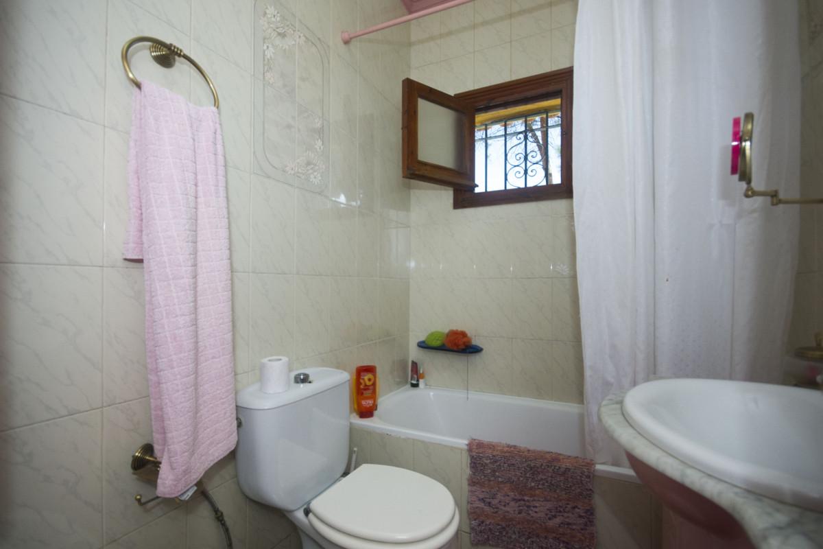 House in Alhaurín de la Torre R2964263 8