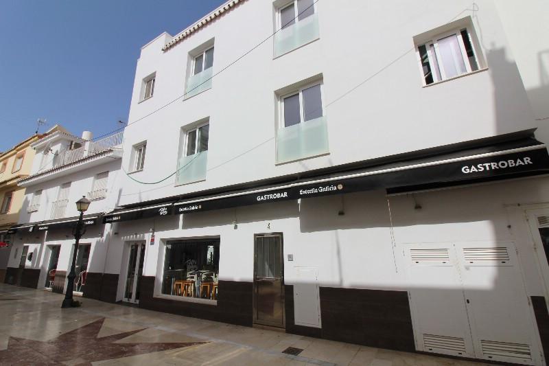 Apartment Complex for sale in La Carihuela R3481057