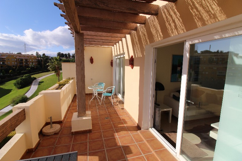 Very nice apartamento near the golf course Miraflores, with walking distance to the golfcourse. The ,Spain