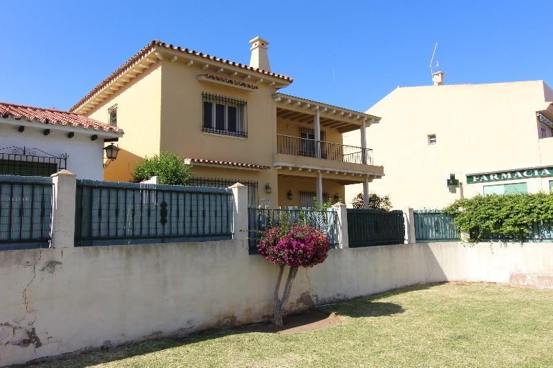 Villa con 4 Dormitorios en Venta Torreblanca