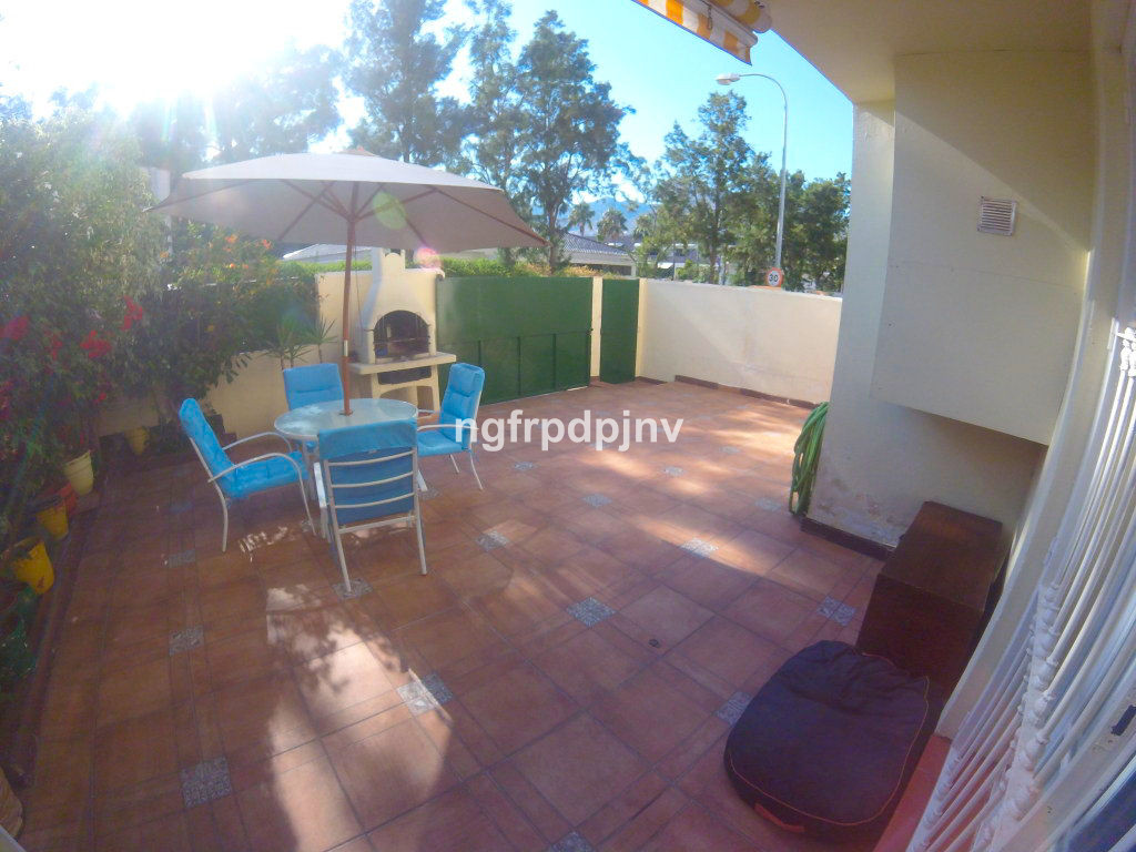 .................EXCLUSIVITY...............  Townhouse, Benalmadena Costa, Costa del Sol. 3 Bedrooms, 2 Bathrooms, Built 157 m², Terrace 40 m².  Setting : Close To Golf, Close To Sea, Close To Town, Close To Schools, Urbanisation. Orientation : West. Condition : Good. Pool : Communal. Climate Control : Air Conditioning. Views : Street. Features : Fitted Wardrobes, Private Terrace. Furniture : Part Furnished. Kitchen : Fully Fitted. Garden : Communal. Parking : Open, Private. Category : Investment, Resale.