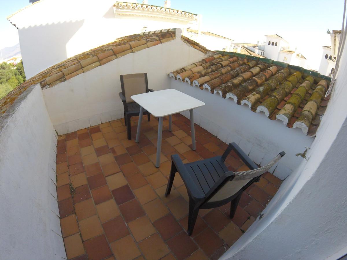 Apartamento con 1 Dormitorios en Venta Manilva