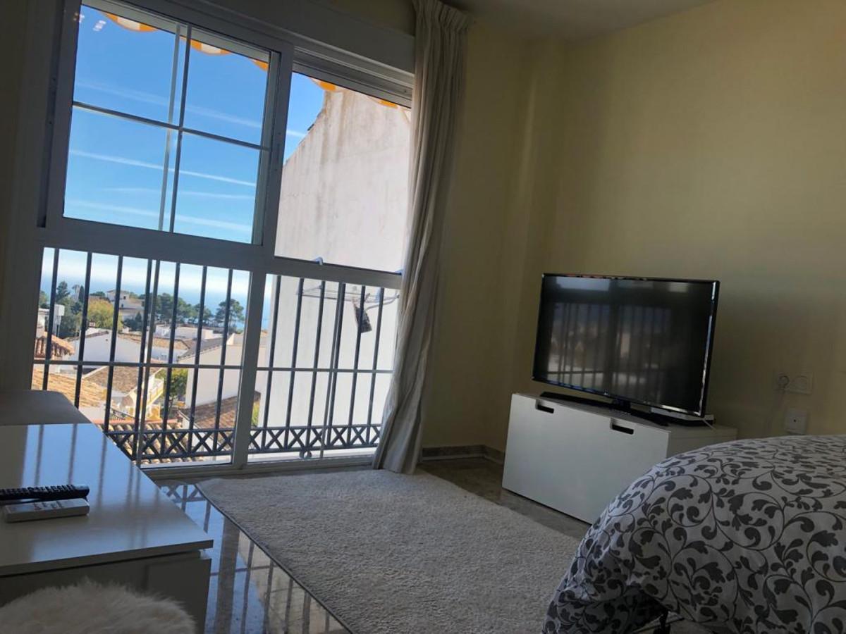 Top Floor Studio, Benalmadena Pueblo, Costa del Sol. Built 40 m².  Setting : Town, Commercial Area, ,Spain