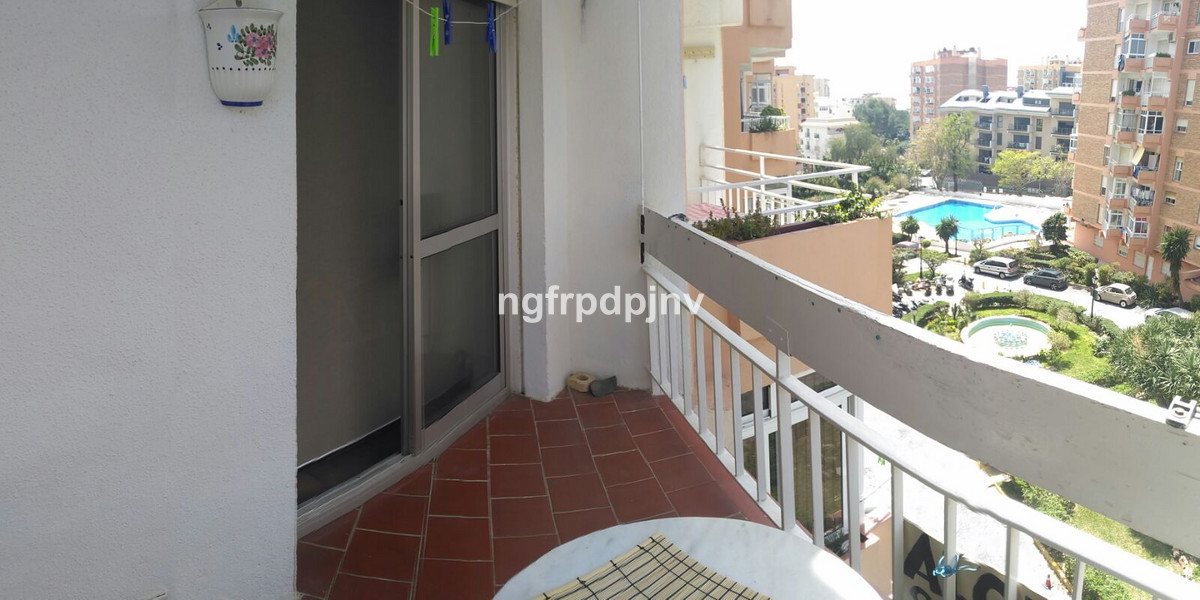 Middle Floor Studio, Benalmadena Costa, Costa del Sol. Built 24 m², Terrace 3 m².  Setting : Town, C,Spain