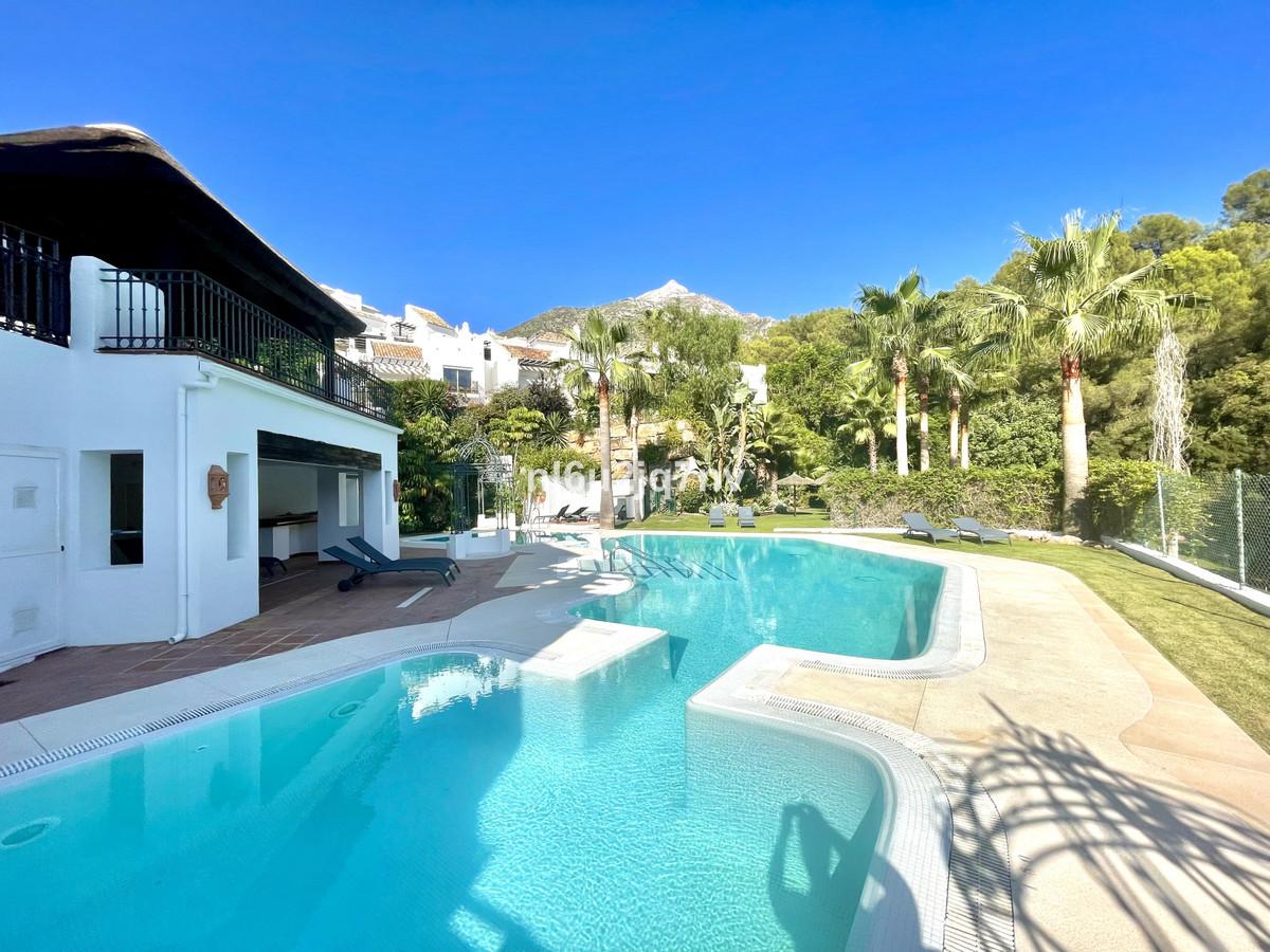 Maison Jumelée  Semi Individuelle en vente   à Marbella