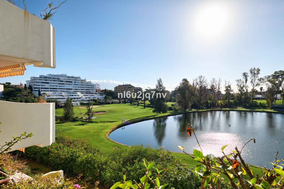 Ref:R3569707 Apartment - Middle Floor For Sale in Guadalmina Alta
