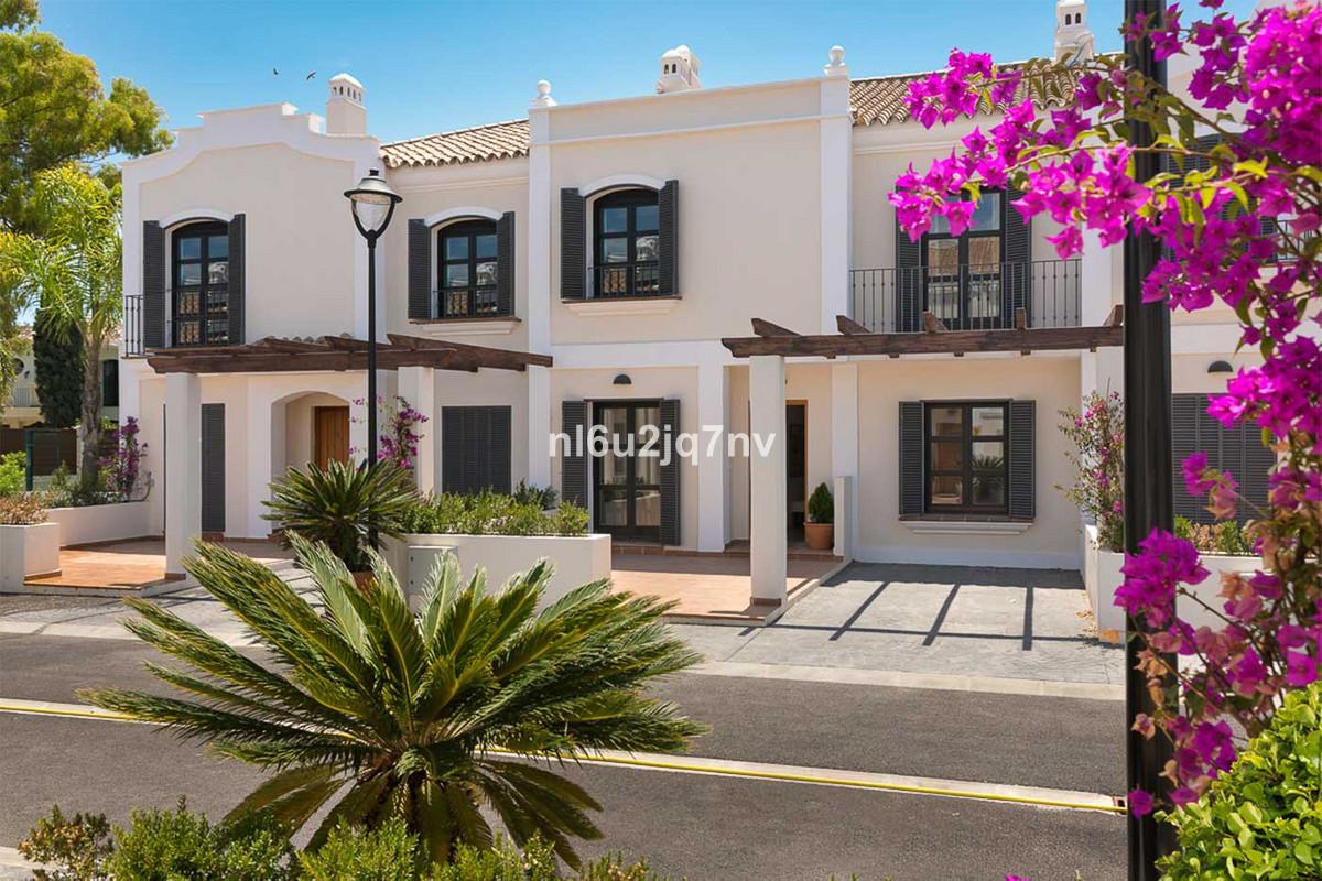 Ref:R3234565 Townhouse - Semi Detached For Sale in Guadalmina Baja
