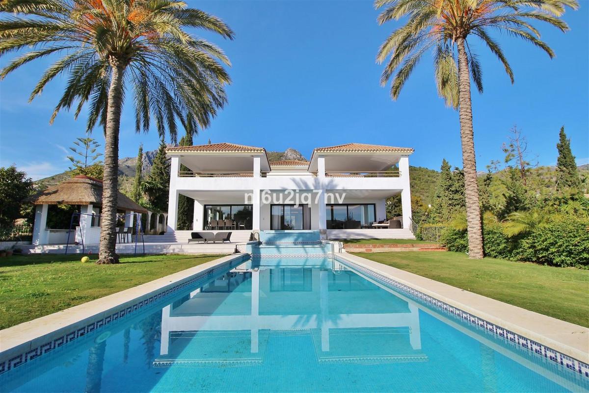 Ref:R3395464 Villa - Detached For Sale in Sierra Blanca