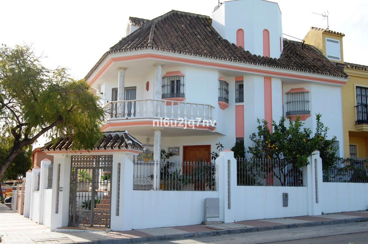 Villa  Pareada en venta   en San Pedro de Alcántara