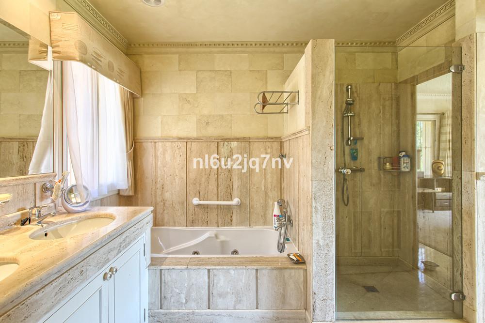 R2973788: Villa - Detached for sale in La Quinta