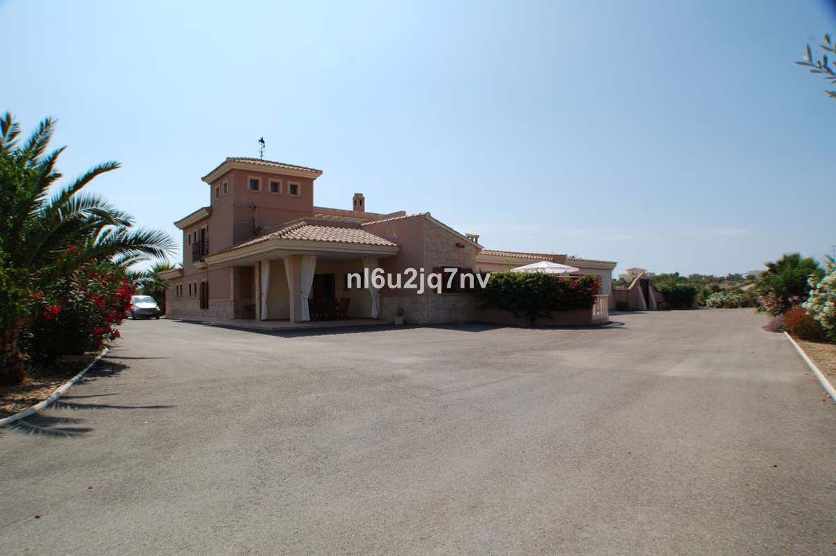 Ref:R2920643 Villa - Detached For Sale in Vera