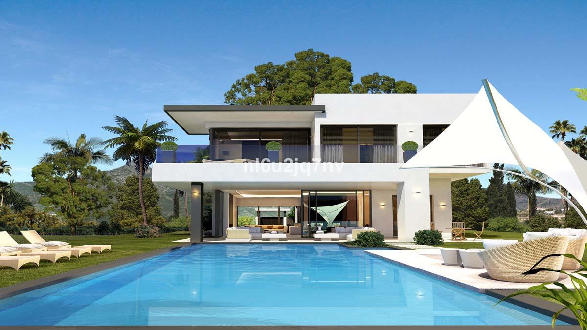 Ref:R2850062 Villa - Detached For Sale in The Golden Mile