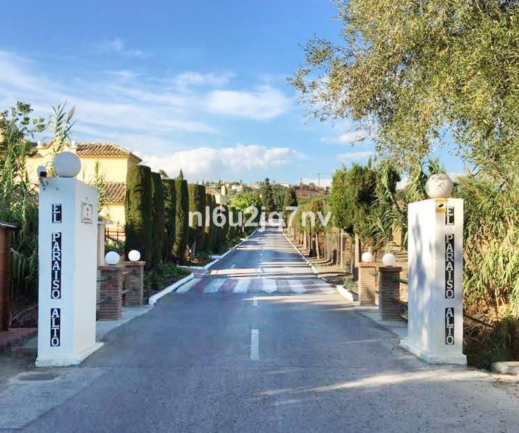 R2432030: Plot - Residential for sale in El Paraiso