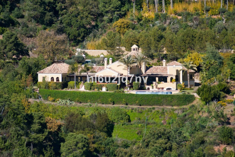 Ref:R2442005 Villa - Detached For Sale in La Zagaleta