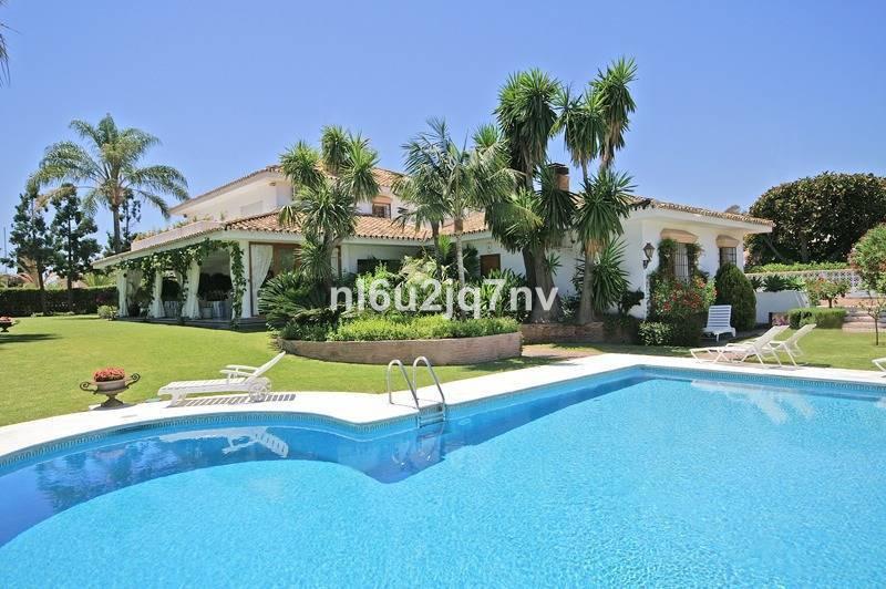 Ref:R2693927 Villa - Detached For Sale in Guadalmina Baja