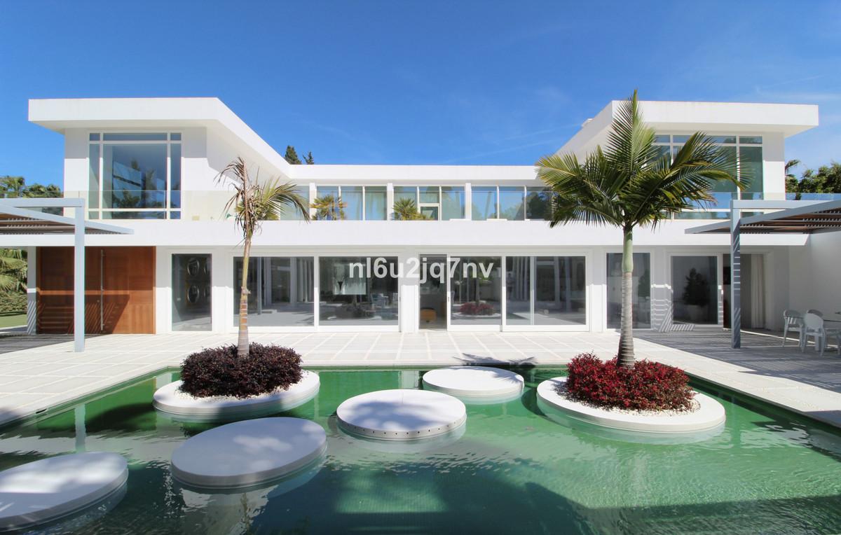 Ref:R3416416 Villa - Detached For Sale in Guadalmina Baja