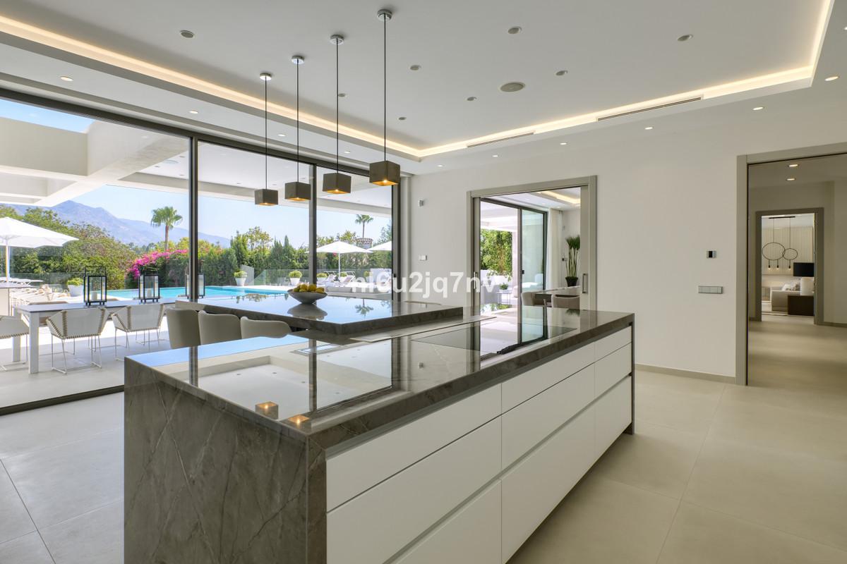 9 Dormitorio Villa en venta Nueva Andalucía