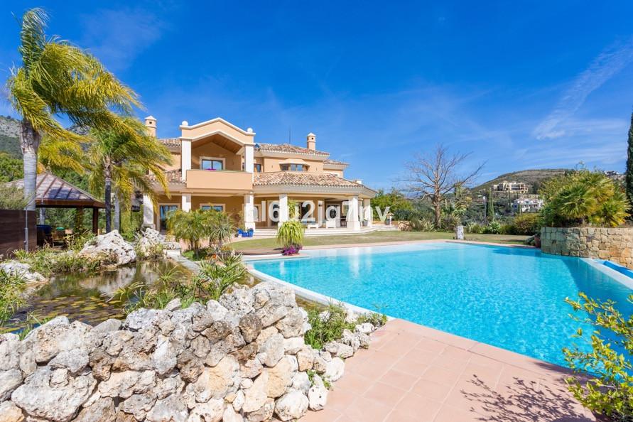 Ref:R3206371 Villa - Detached For Sale in Benahavís