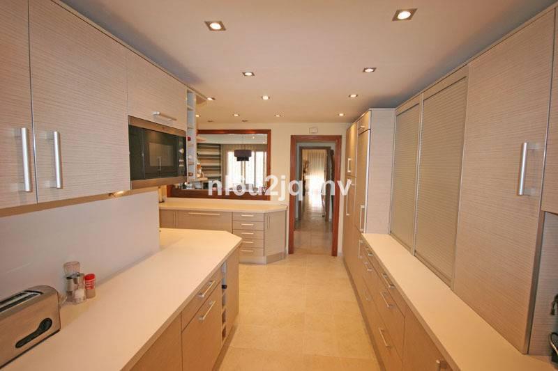 Apartment Penthouse in El Paraiso, Costa del Sol