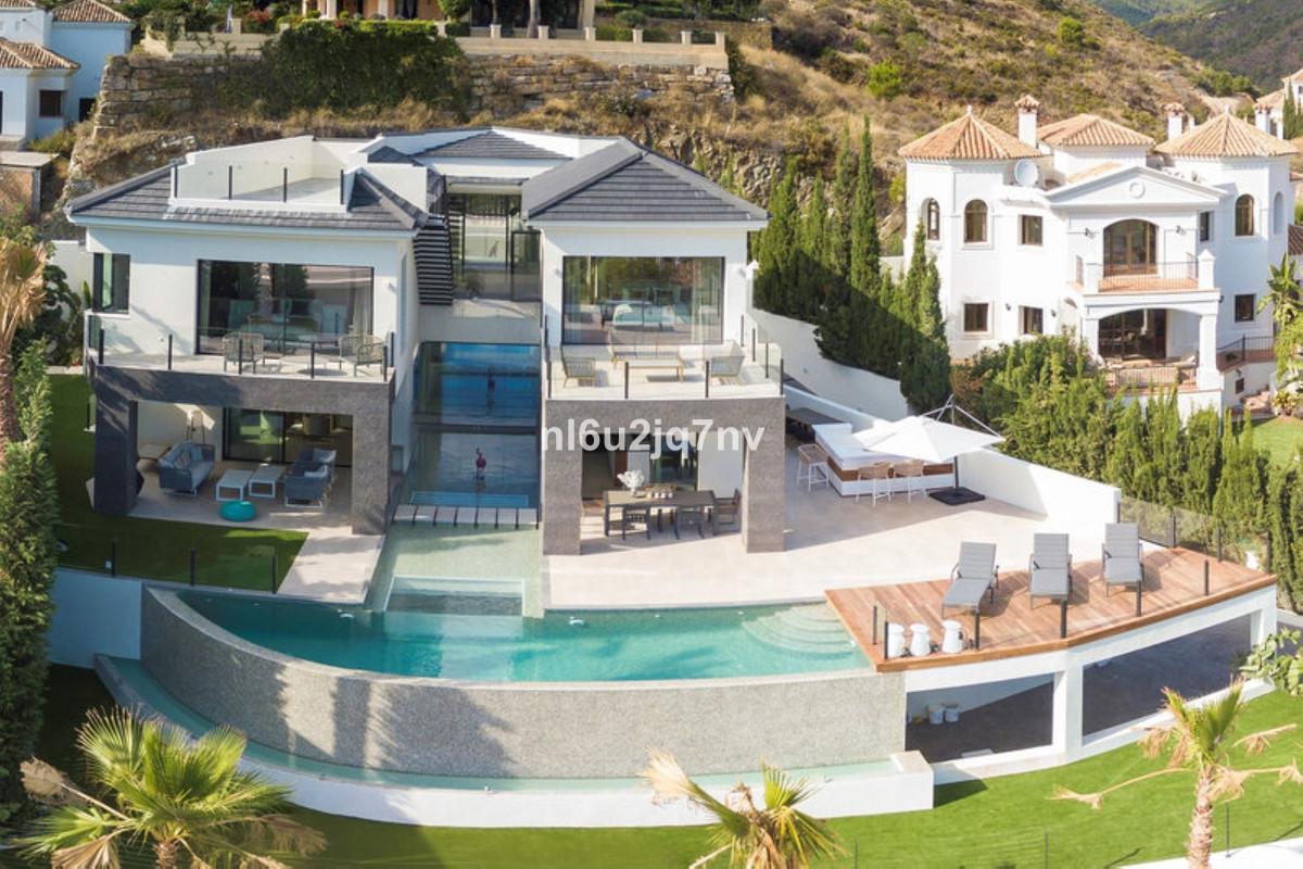 Ref:R3226984 Villa - Detached For Sale in La Quinta