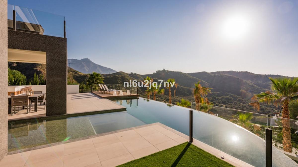 R3226984: Villa - Detached for sale in La Quinta