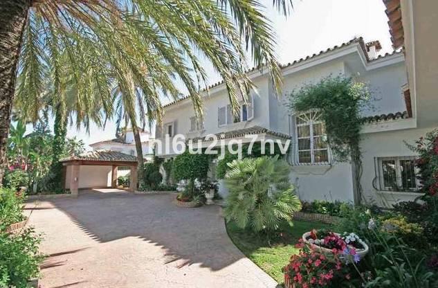 Ref:R2696825 Villa - Detached For Sale in El Paraiso