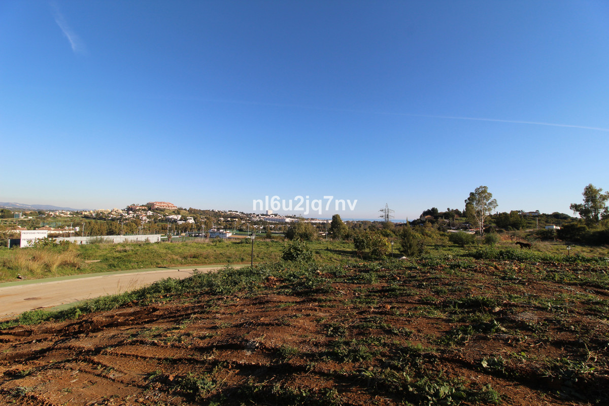 Ref:R3364102 Plot - Residential For Sale in La Quinta
