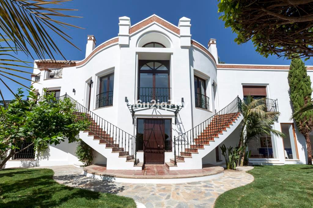 Ref:R2442296 Villa - Detached For Sale in La Quinta