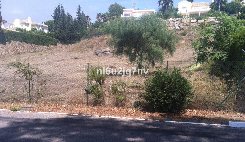R2776616: Plot - Residential for sale in El Paraiso