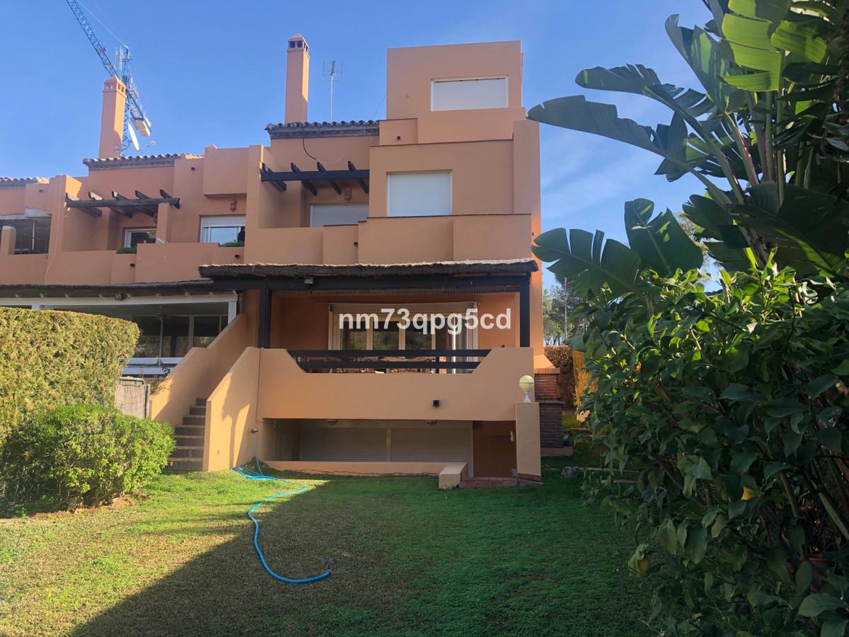 SEMI-DETACHED 4 BEDROOM VILLA IN LOMAS DE PUENTE ROMANO, GOLDEN MILE, MARBELLA  Refurbished corner TSpain
