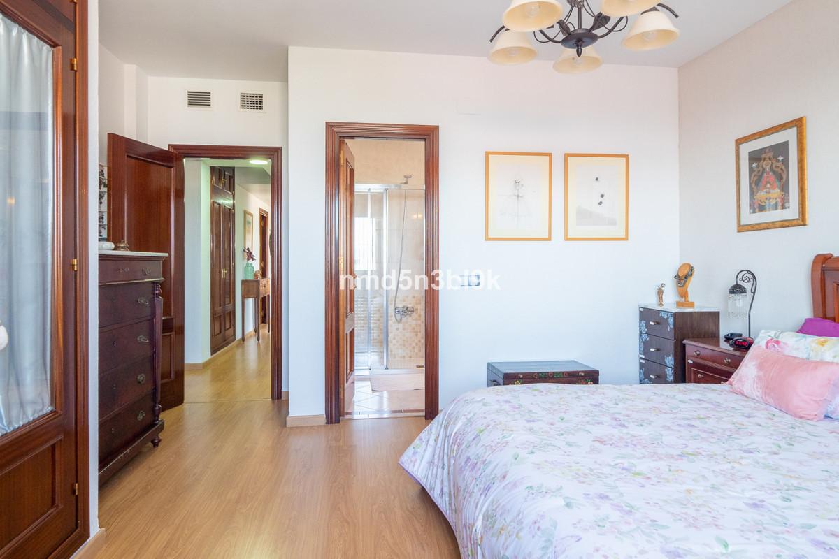 House in Alhaurín de la Torre R3856102 25