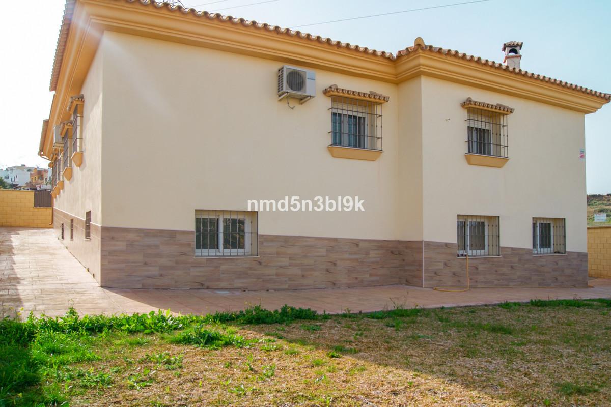 House in Alhaurín de la Torre R3477565 2