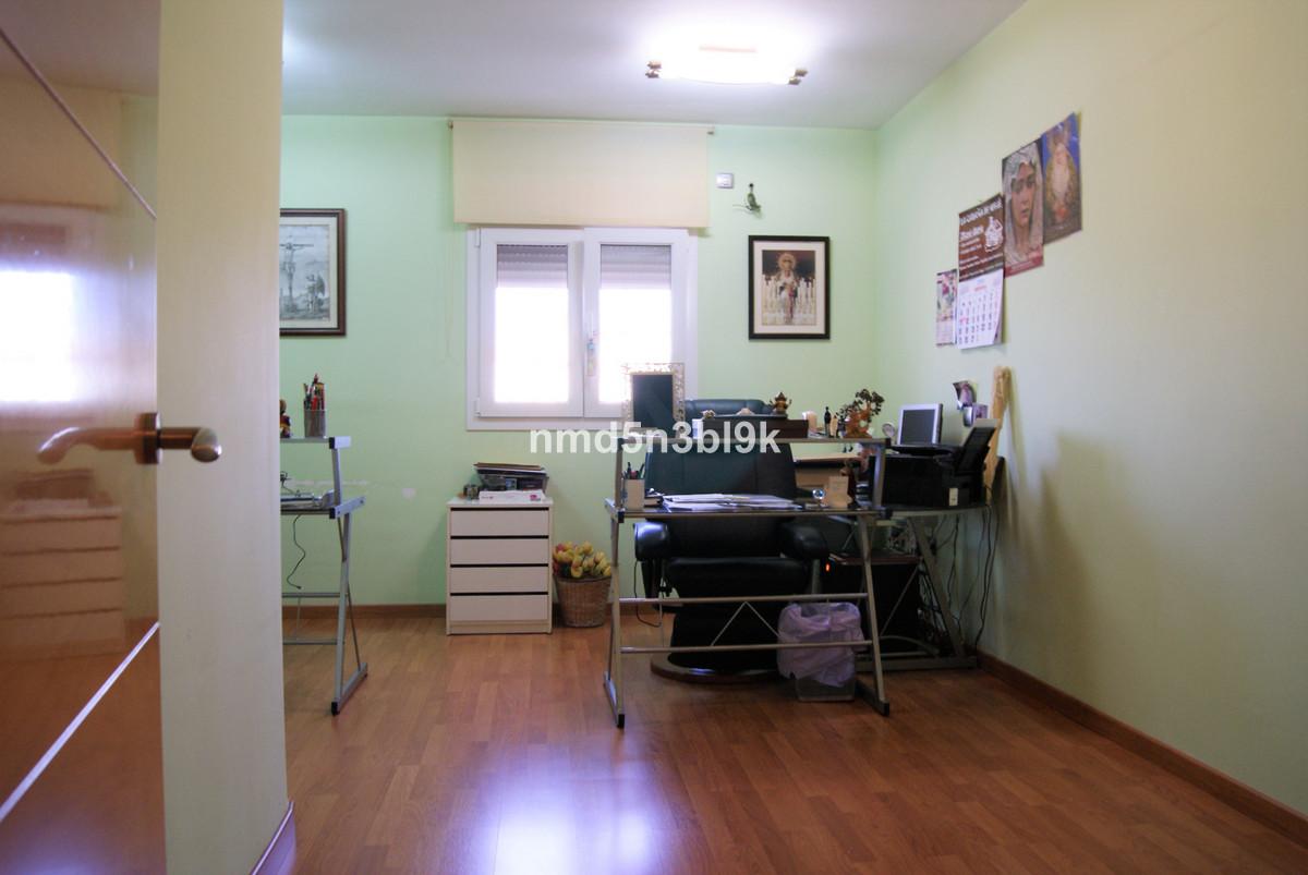 House in Alhaurín de la Torre R3477565 32