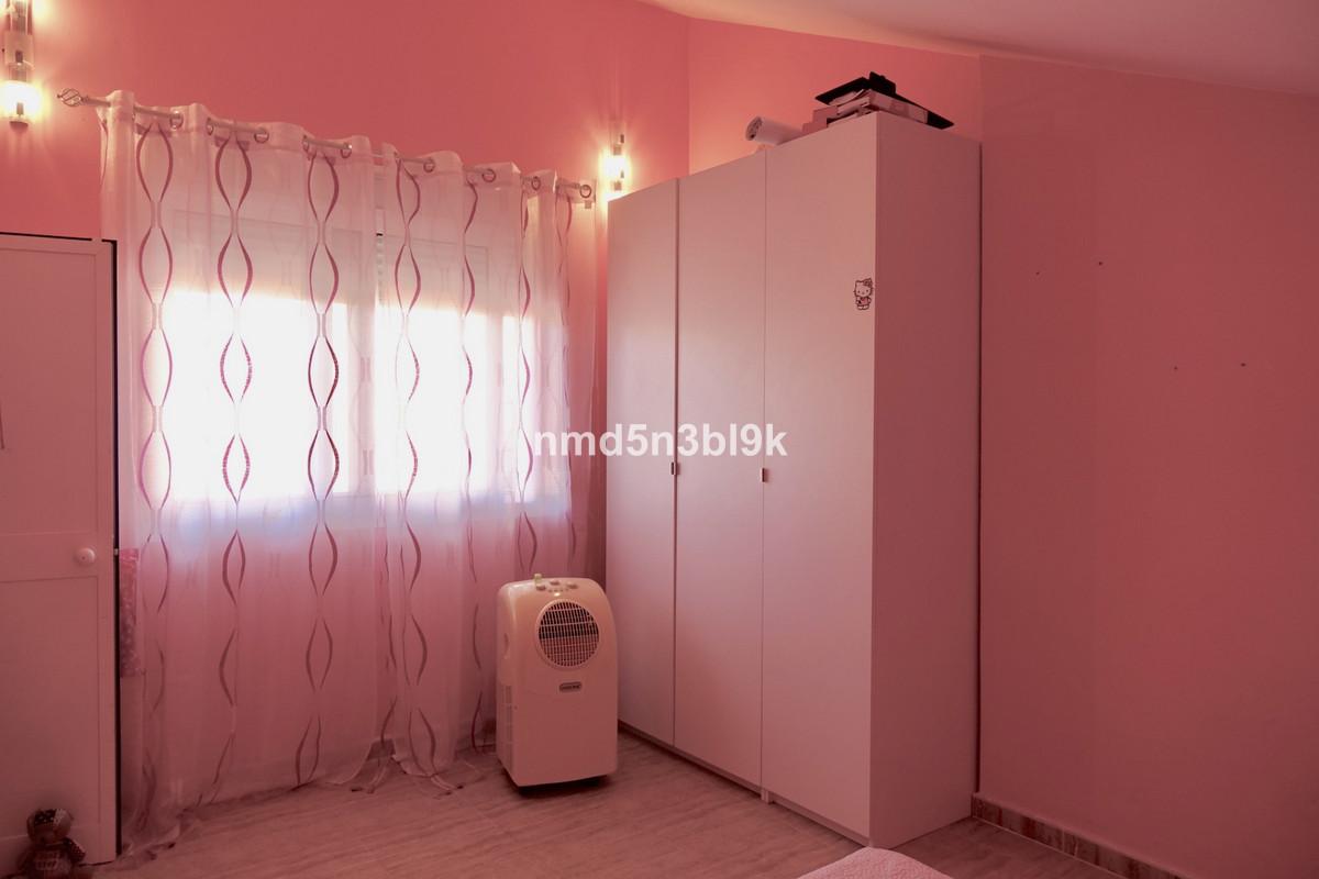 4 Bedrooms - 3 Bathrooms