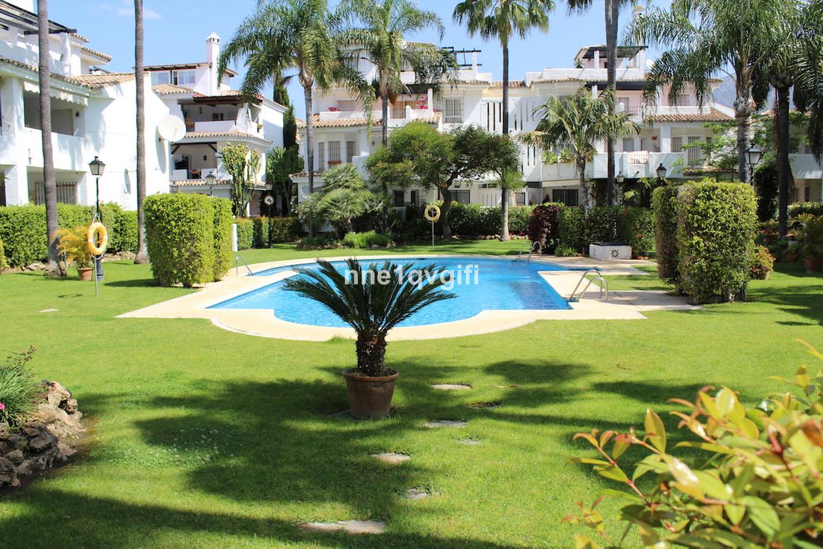 First floor corner apartment, Los Naranjos de marbella  Nice first floor corner apartment for sale i,Spain