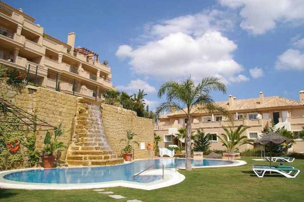 Spacious and bright apartment with large terrace and views to the golf course below and the sea loca,Spain