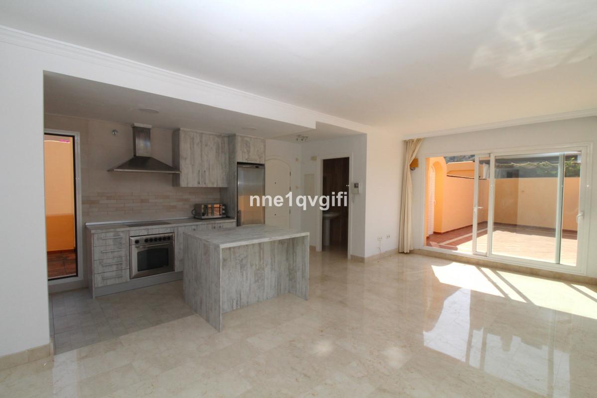 Apartamento 3 Dormitorios en Venta Elviria