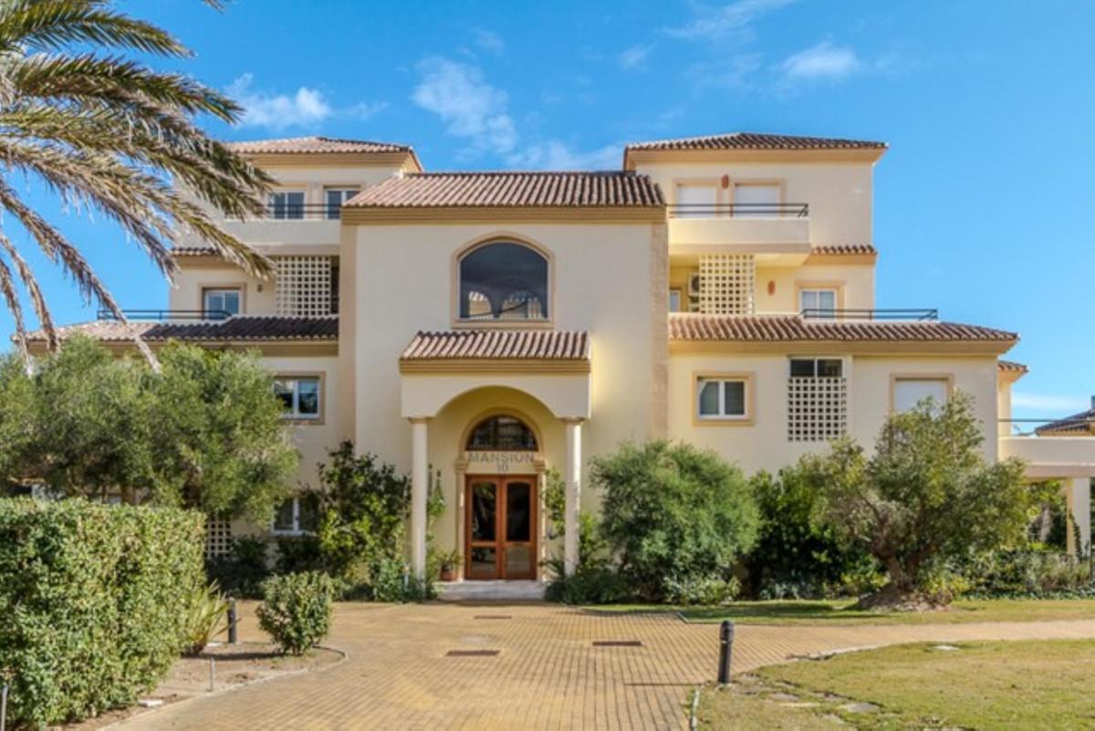 BARGAIN San Roque Golf: Wonderful 3 bedroom 3 bathroom duplex penthouse apartment.  PRICE DROP FROM ,Spain