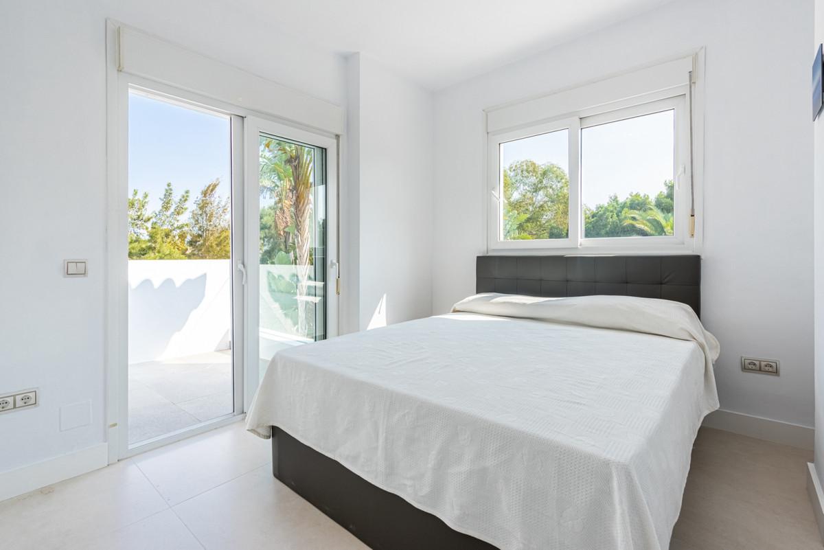 4 Dormitorio Independiente Villa En Venta Sotogrande Alto