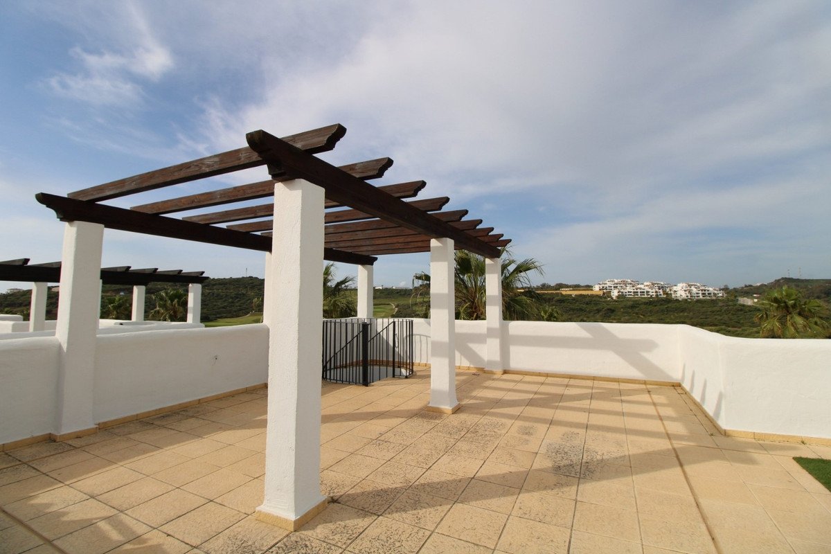 Fantastic 3 bed penthouse fully furnished in Alcaidesa Golf.  Located in a privileged area next to t,Spain