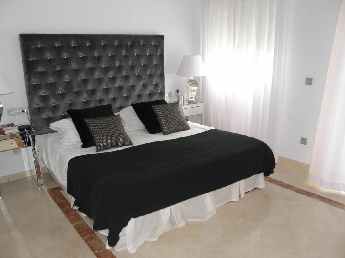 Ground Floor Apartment in San Roque Club