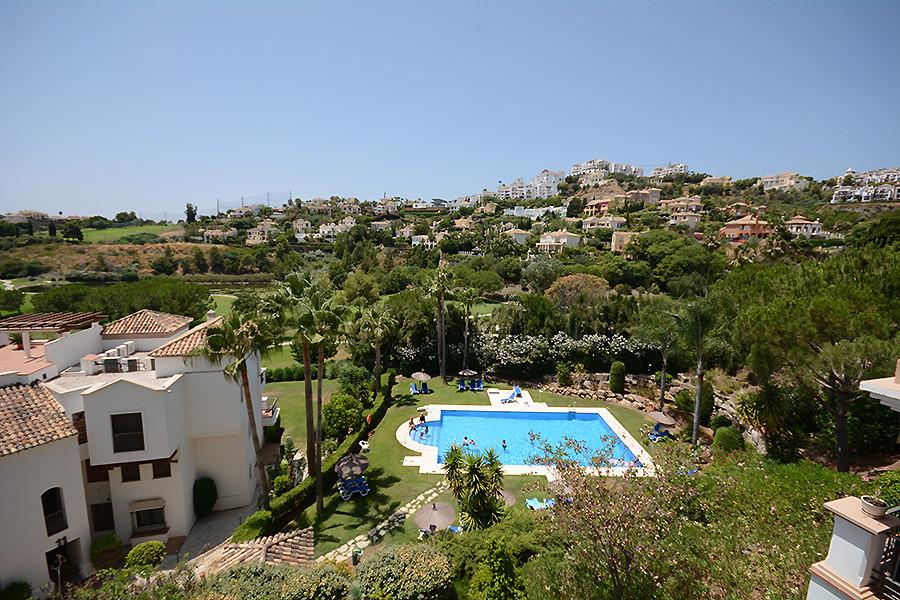 Los Arqueros Golf: 3 bedroom 2 bathroom mid floor apartment within the gated community of La Torre. ,Spain
