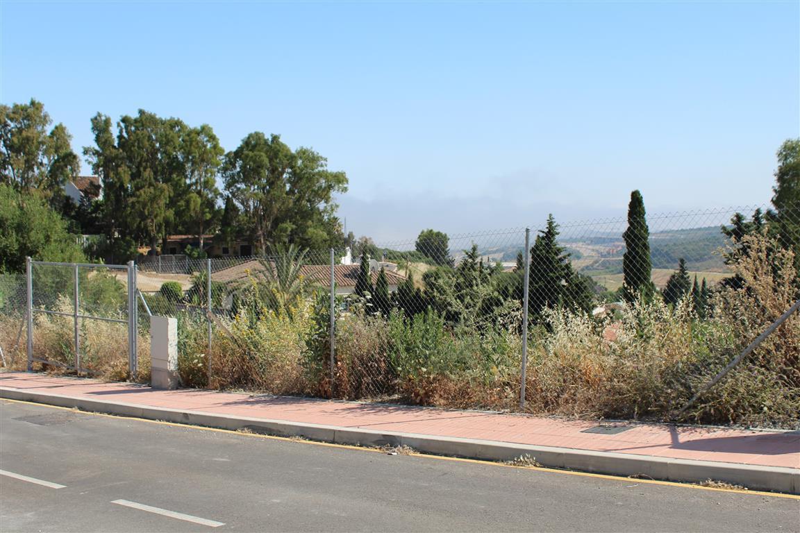 Plot, Residential  for sale    en Valle Romano